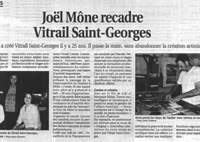 2007.07.12. - Joel Mone recadre Vitrail Saint-Georges - Le Progres