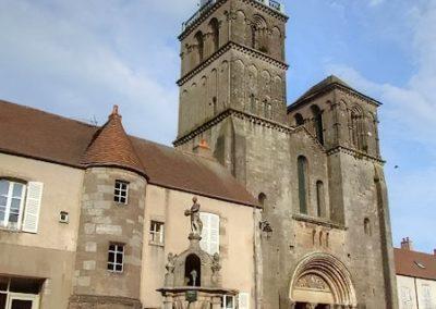 Saulieu - Eglise Saint-Andoche - 2003