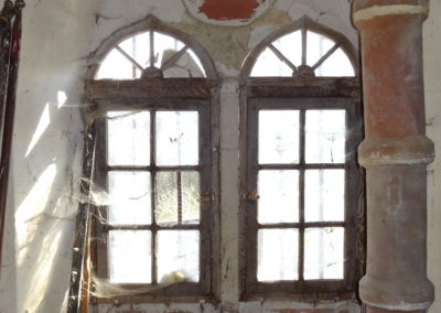 Neublant-Abergement - Eglise St-Etienne - Baie en création de la sacristie - Avant intérieur