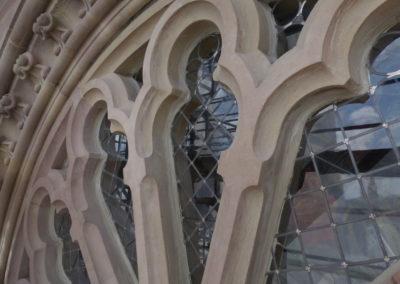 Mulhouse - Temple St-Etienne - Façade occidentale - Restauration - Vitraux - détail de la rose - extérieur après restauration